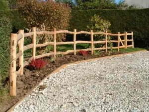 Cleft garden fence